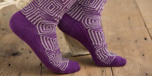 Op-Art-Socks-1